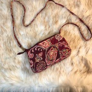 Vera Bradley small crossbody purse with zipper